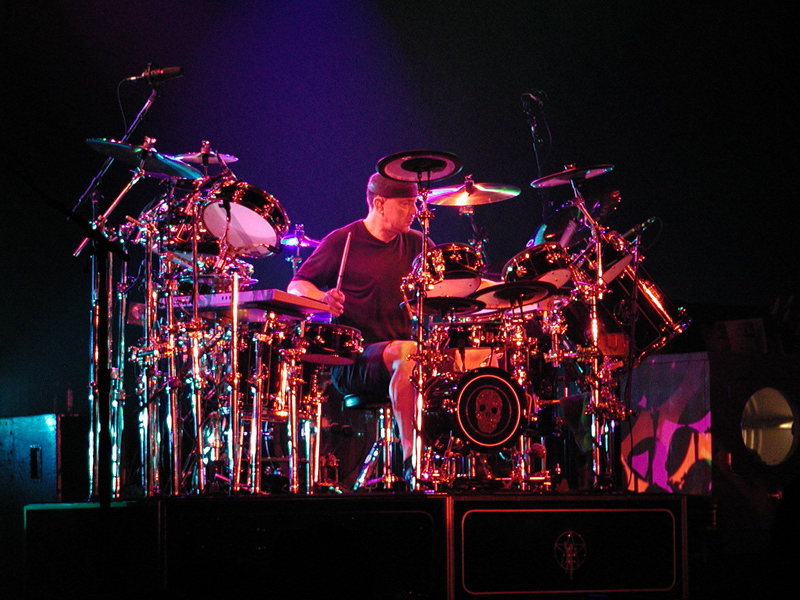 Neil-Peart_beginner drums .jpg